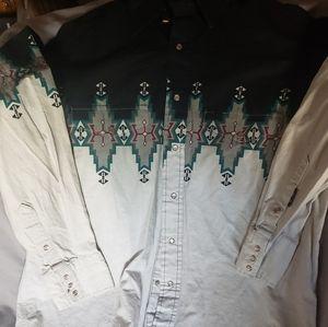 Brooks and Dunn long sleeve button-up shirt